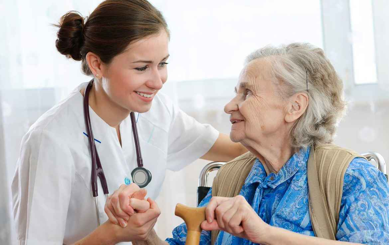 Врач-гериатр - что лечит? когда обращаться и с какими болезнями?