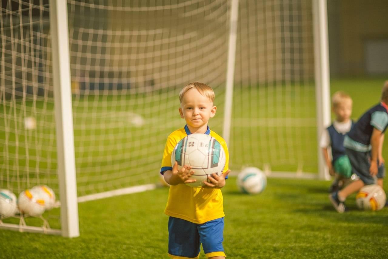 Как делать финты в футболе?
