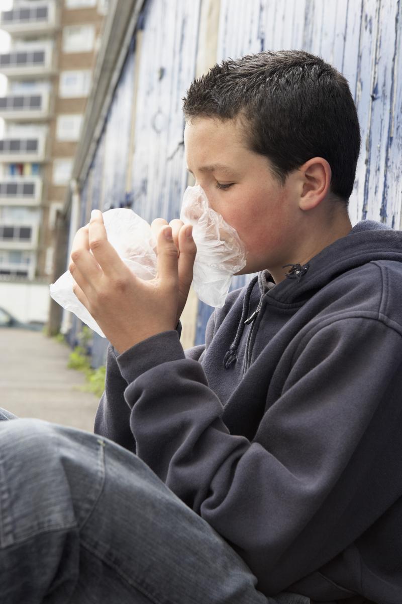 Сниффинг или токсикомания