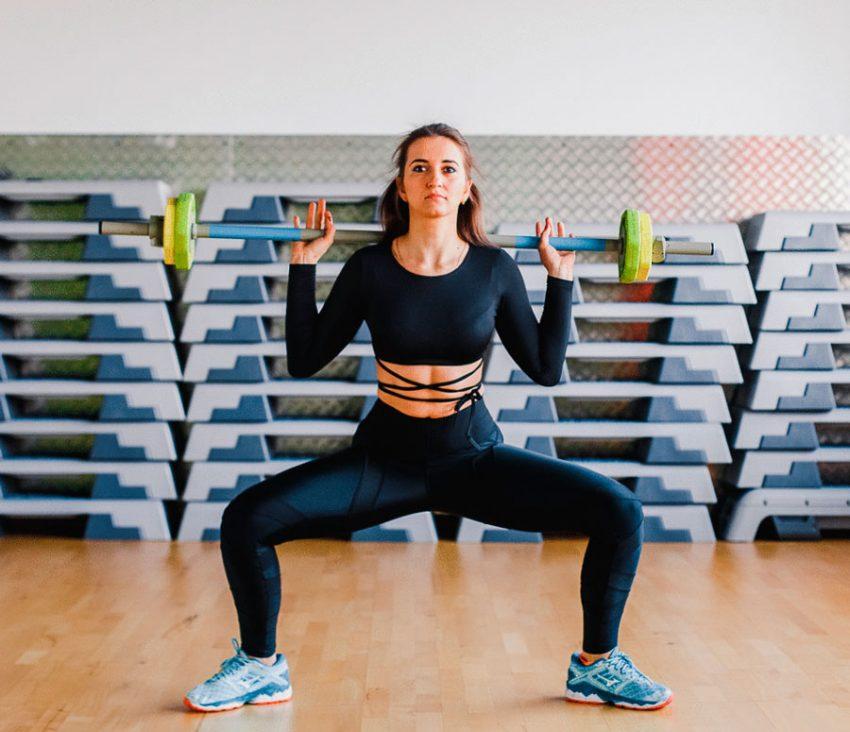 Приседания плие: техника выполнения, какие мышцы работают