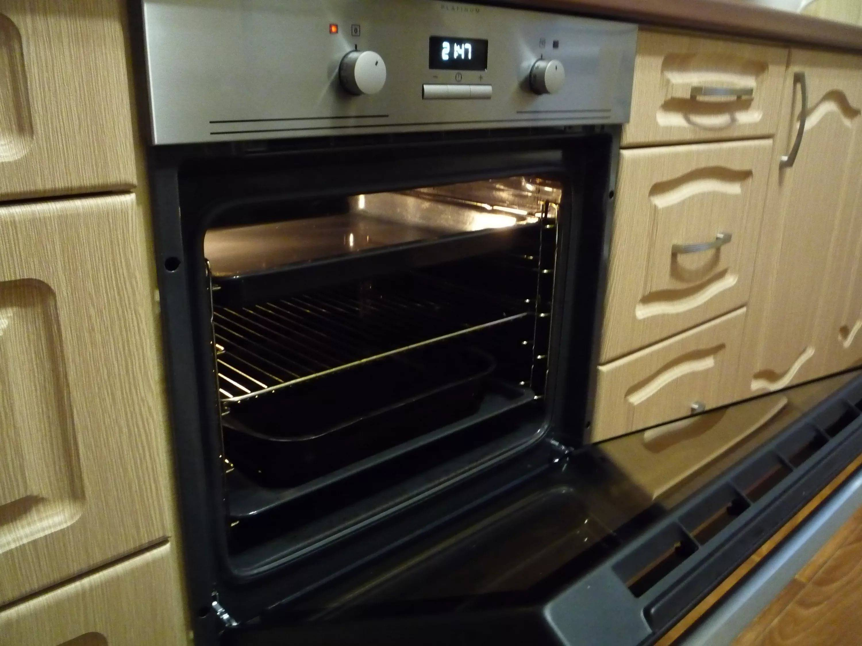 Стоит ли переплачивать за большую часть плюсов от пиролитической очистки духовки, если вы готовите очень часто?