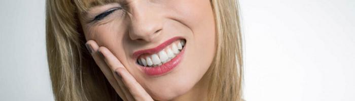 Что такое зубной флюс, как он выглядит и как с ним справиться: советы стоматологов и обзор способов лечения и профилактики