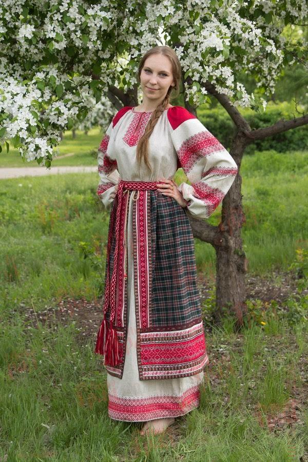 Что такое понева в русской культуре?
