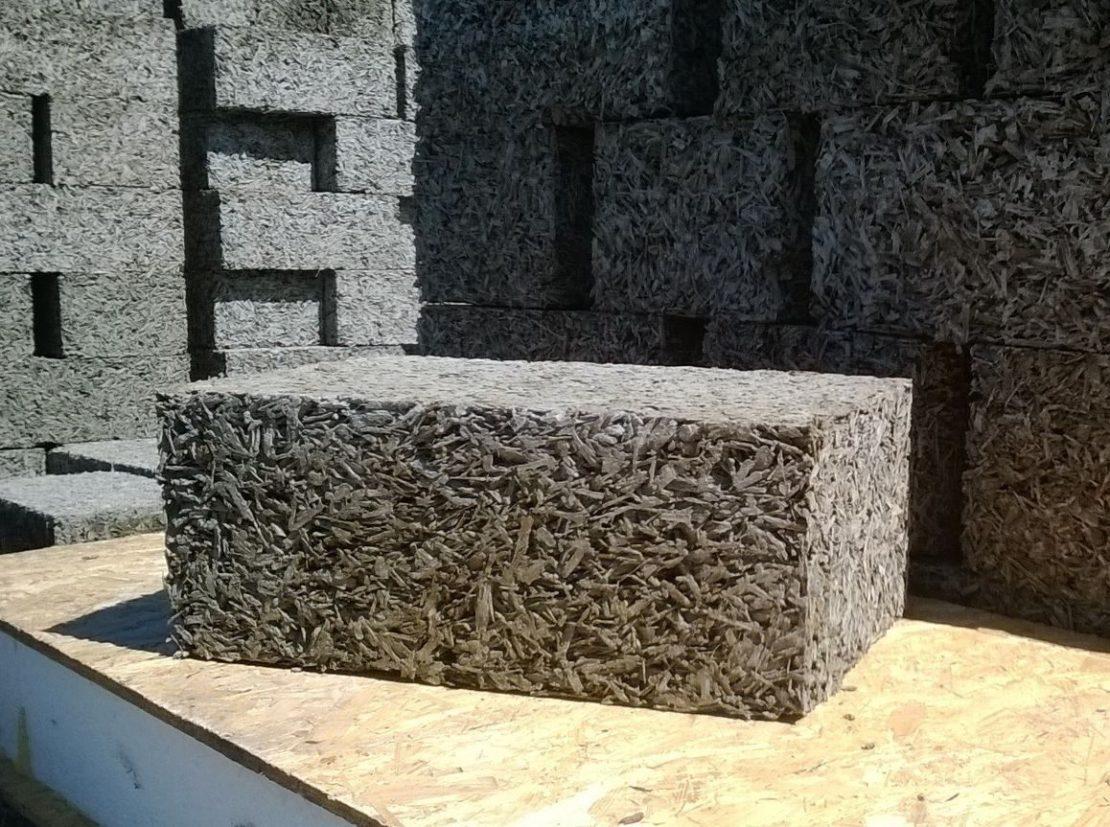 Монолитный арболит: что это за материал и его изготовление своими руками