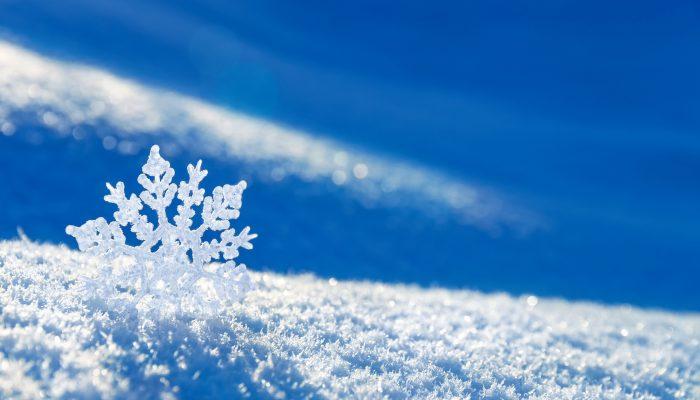 Откуда берётся снег и почему он белый?   расти умным!