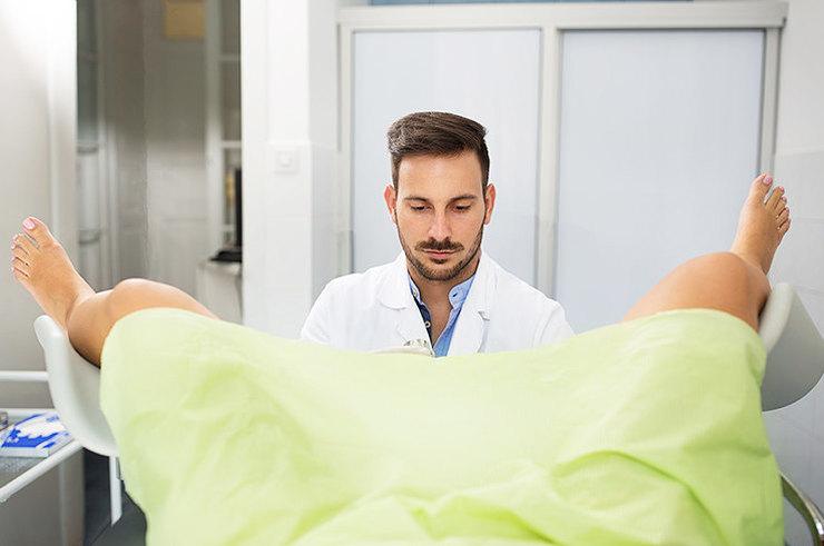Что лечит гинеколог, как проводит осмотр, как к нему подготовиться