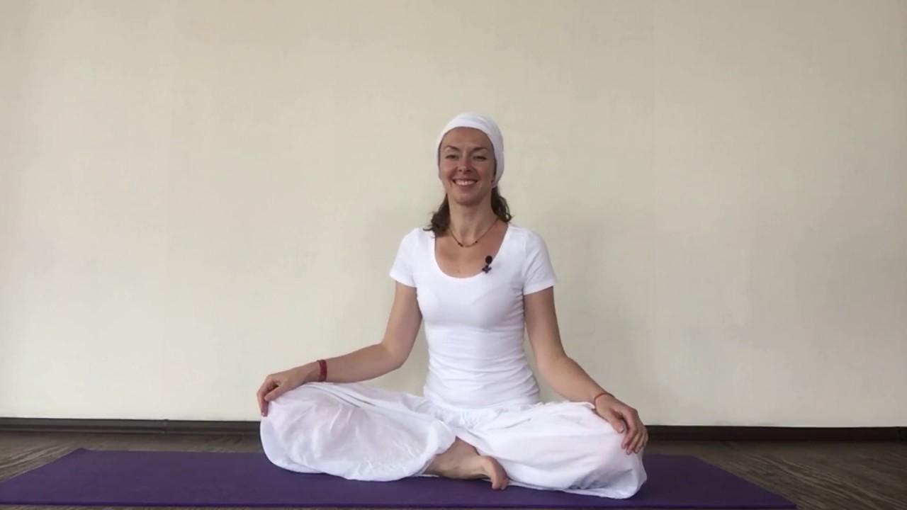 Кундалини-йога — история возникновения и основы для начинающих
