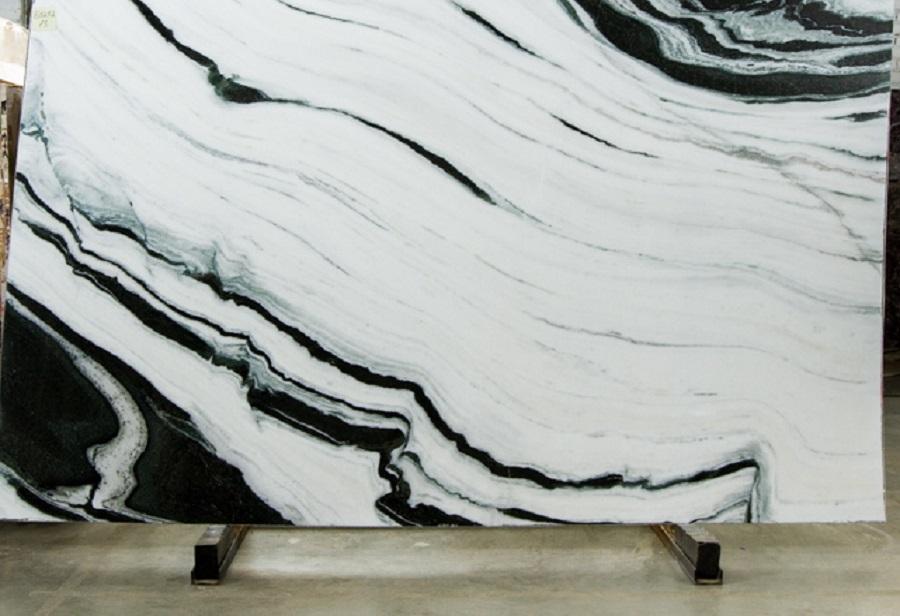 Слэбы из мрамора (20 фото): что такое мраморный слэб? размеры. белые и серые, черные и другие, укладка слэбов