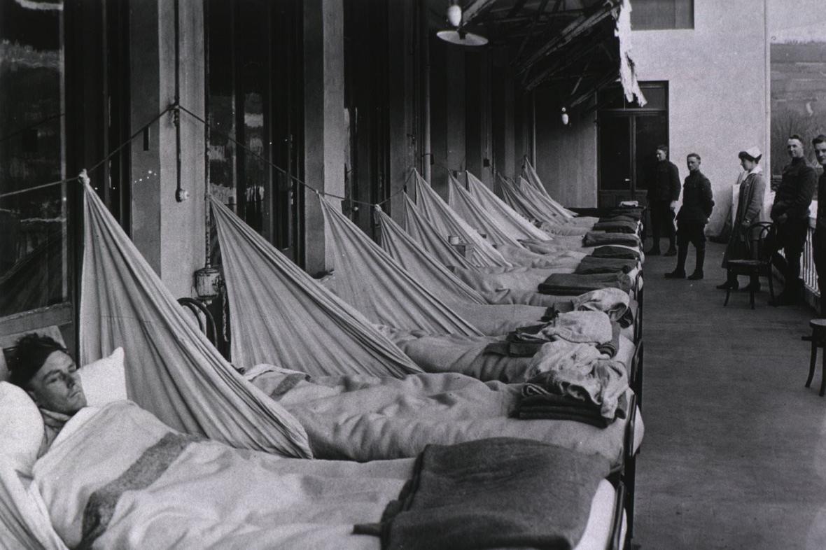 Испанка: сколько убил испанский грипп, как развивалась эпидемия