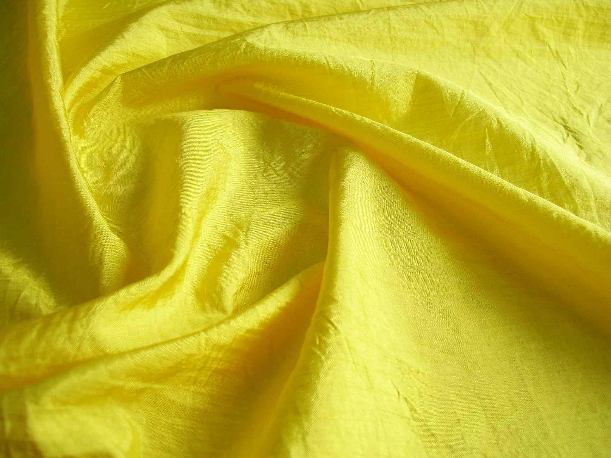 Полиэстер: что за ткань, описание и свойства, плотность и состав