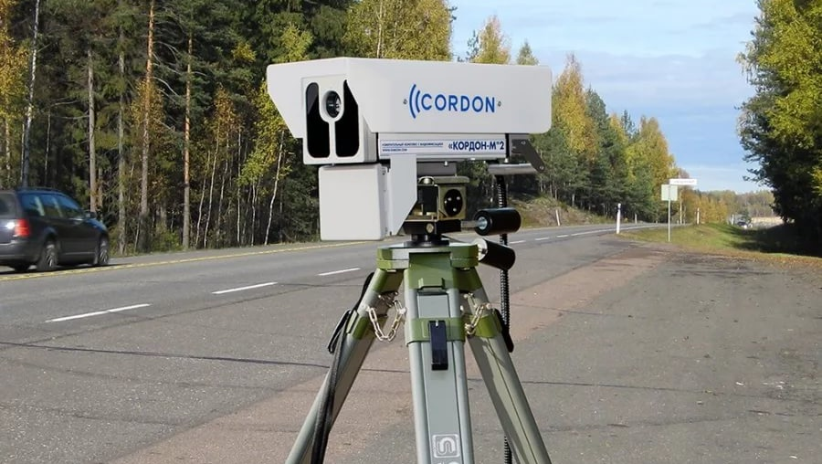 Какие камеры фиксируют пересечение сплошной линии?