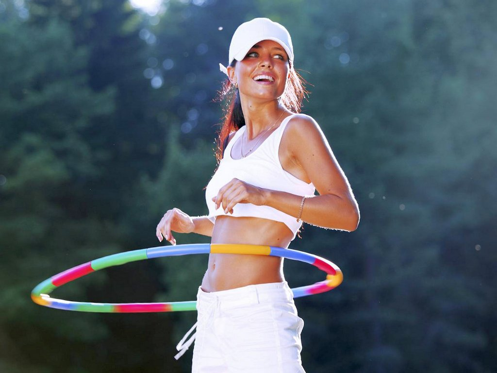 Польза обруча-хулахупа для похудения, комплекс эффективных упражнений