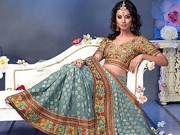 Cари — индийская одежда для богинь