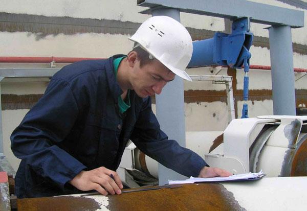 Профессия контролёр отк: где учиться, зарплата, плюсы и минусы