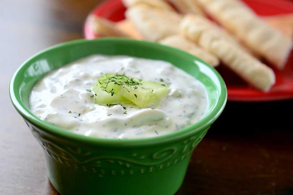 Греческий йогурт - польза и вред для здоровья