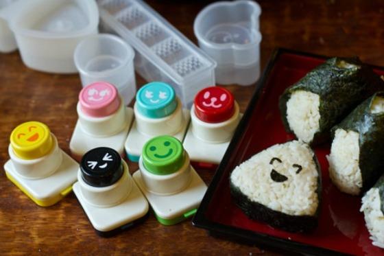 Как приготовить онигири (2 простых рецепта)