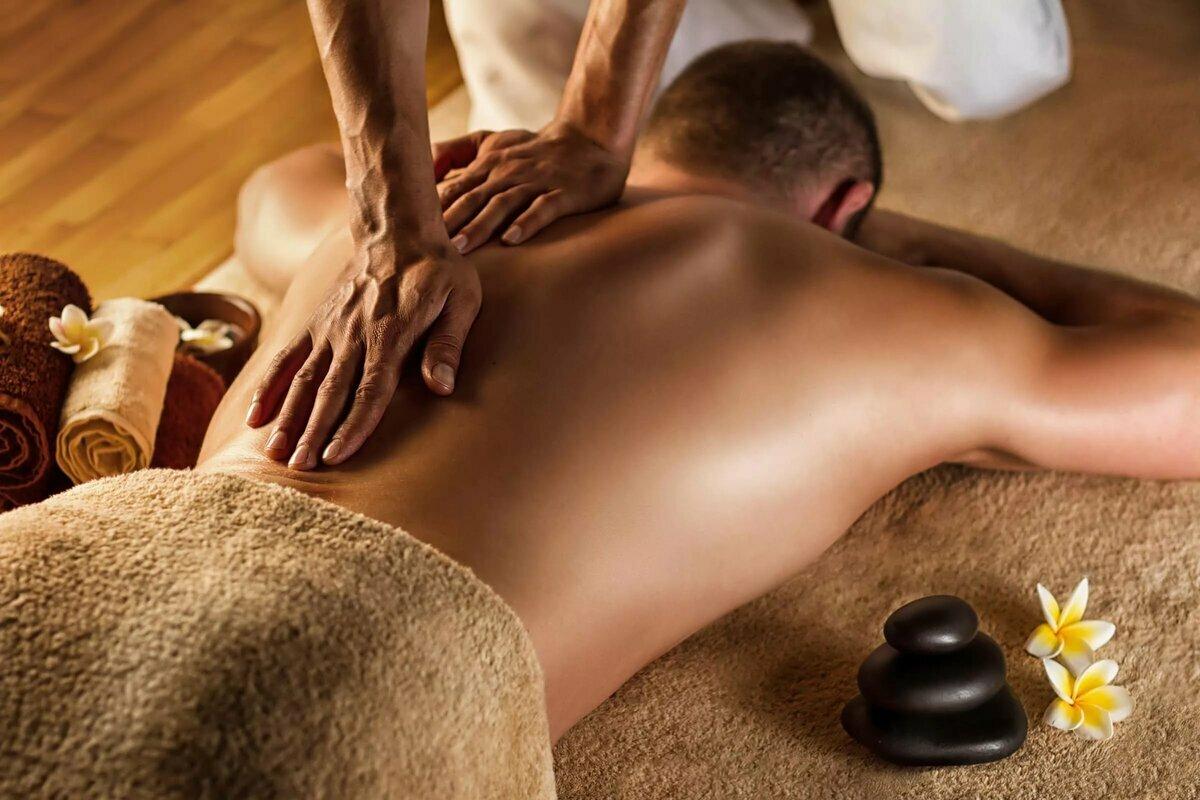 Как правильно делать возбуждающий массаж для мужчины?