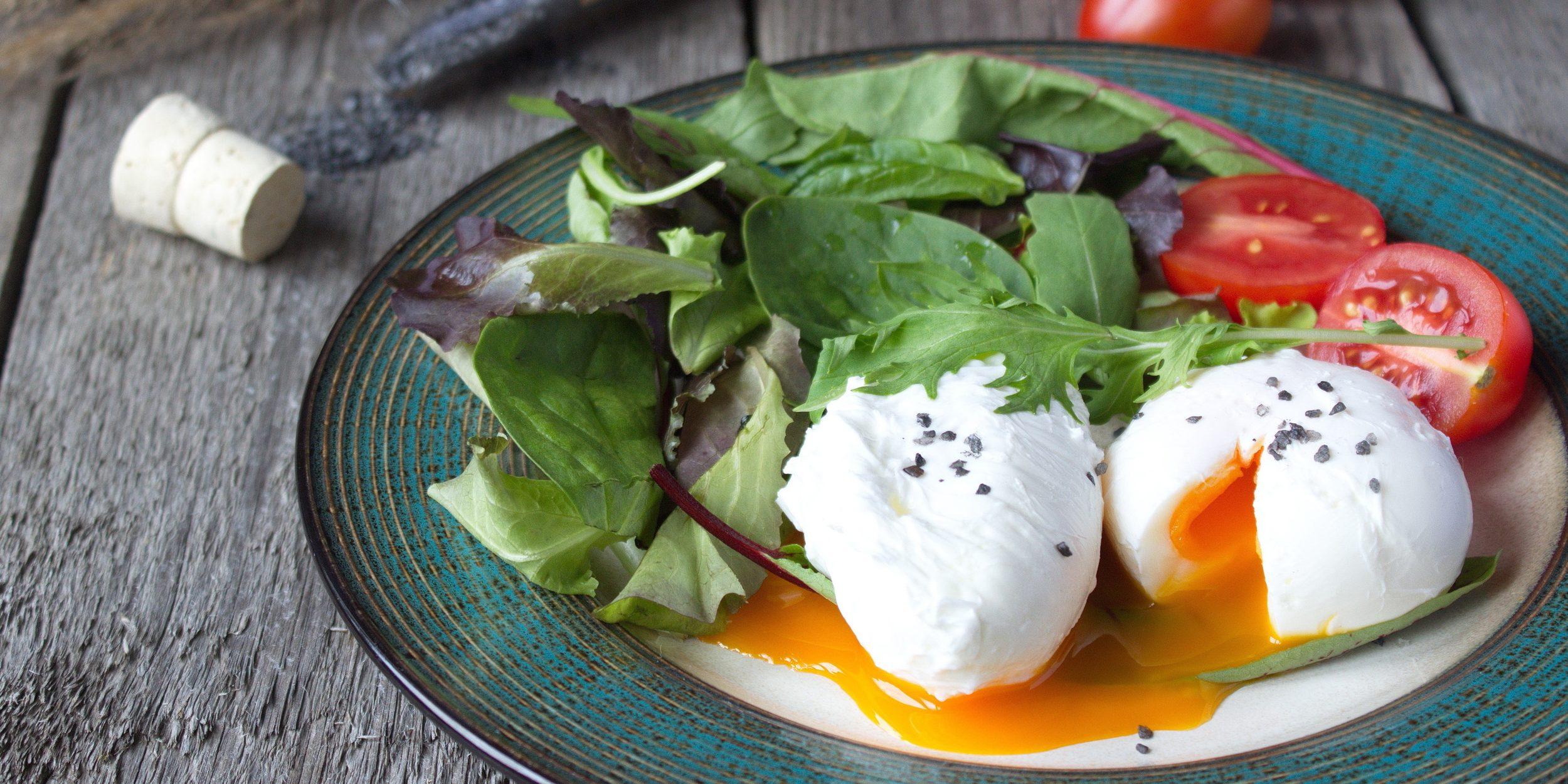 Классические яйца пашот – кулинарный рецепт
