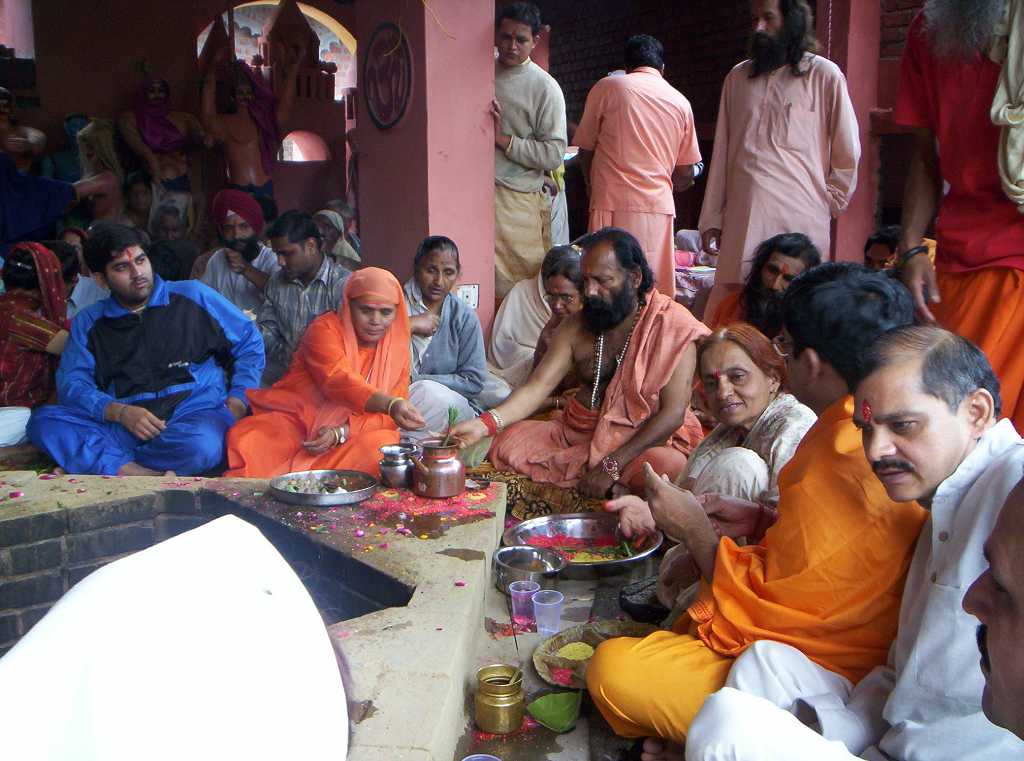Ашрам в индии, как попасть и жизнь в ашраме