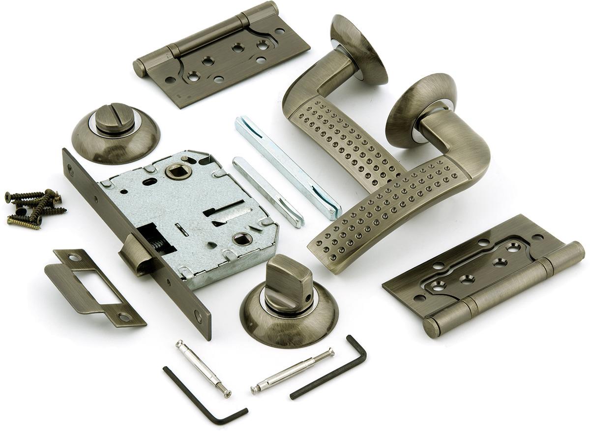 Выбор скобяных изделий для блоков входных однопольных дверей в помещение
