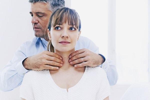 Тиреоидит хашимото: лечение, симптомы, диагностика, виды, питание, осложнения, отзывы