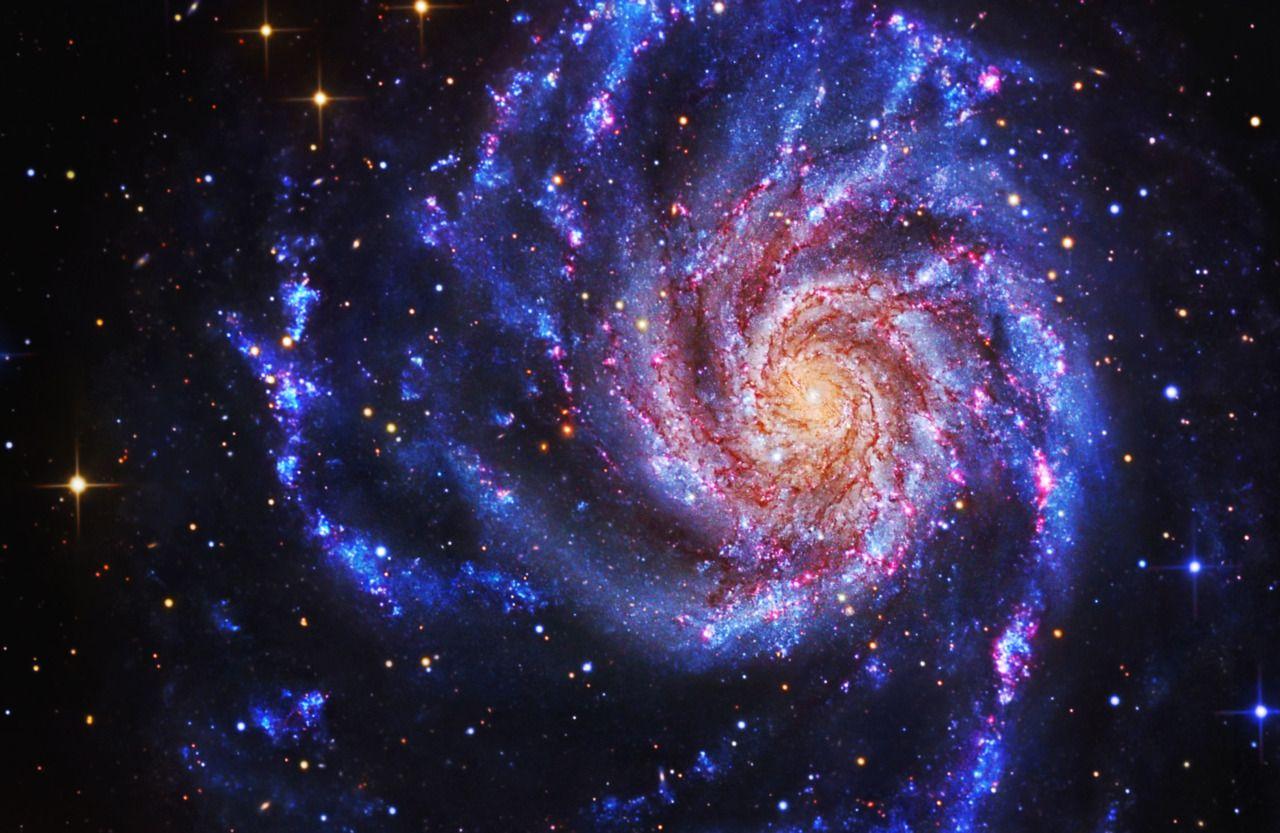 Различные типы галактик во вселенной