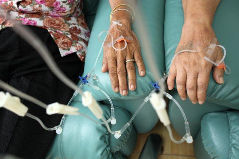 Лучевая терапия и химиотерапия: отличие, проведение