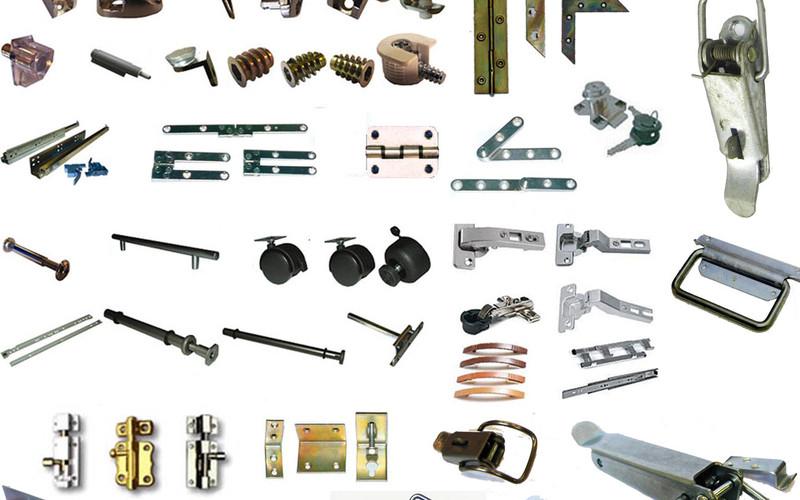 Разновидности и характеристики скобяных изделий