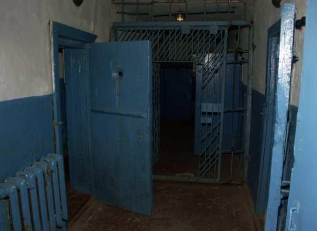 Все о шизо в тюрьме и о том, за что туда попадают