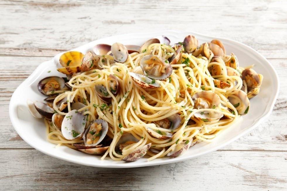 Спагетти с вонголе (spaghetti alle vongole)