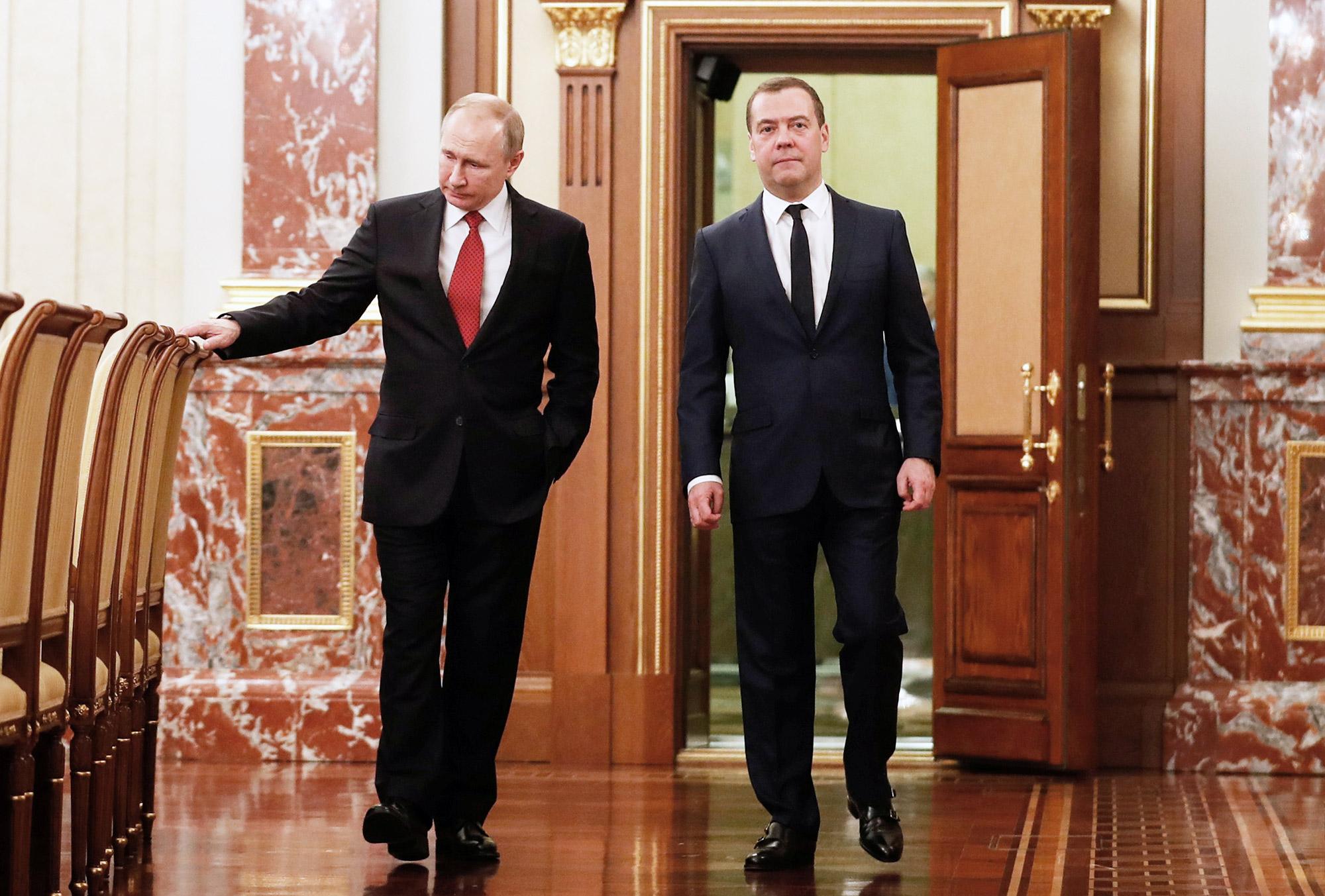 Новый госсовет: зачем он нужен путину? - bbc news русская служба