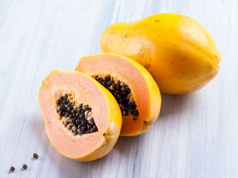 Фрукт папайа. польза и вред для организма. фото. калорийность