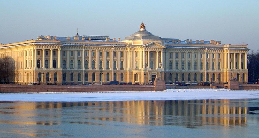 Классицизм в русской литературе: черты, примеры