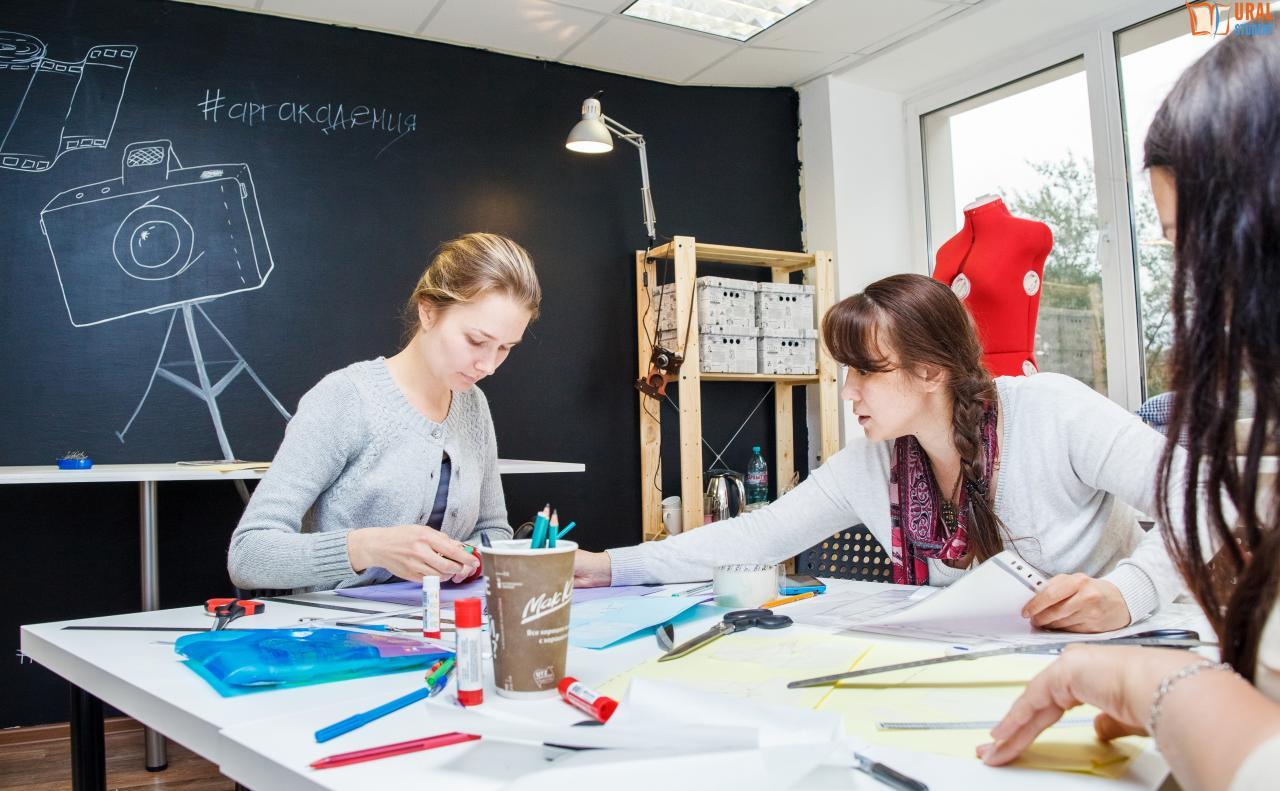 Графический дизайнер - список вузов, в которых можно получить профессию графический дизайнер