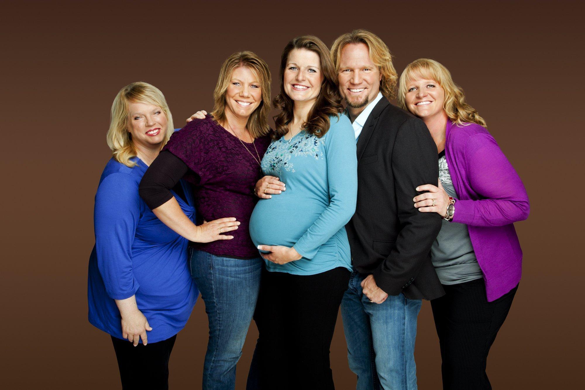 Что такое полигамия (многоженство) - простой ответ что это значит