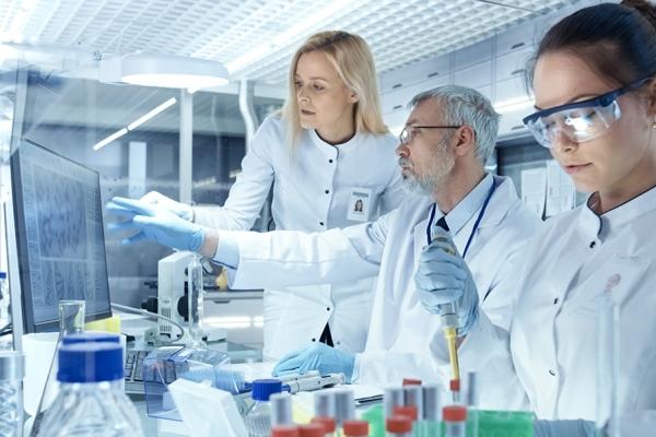 Фармацевт кто это такой и что он делает википедия