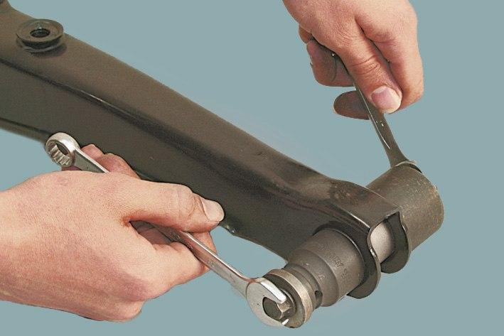 Сайлентблоки передней подвески ваз, сайлентблоки передней балки, как поменять передние сайлентблоки. как заменить сайлентблоки. замена сайлентблоков передней подвески своими руками.