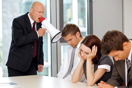 Как правильно реагировать на хамство и грубость — детей, мужа, начальника, коллеги: советы психолога. существует ли иммунитет от хамства?