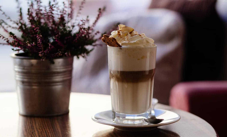 Кофе фраппе – холодный и бодрящий