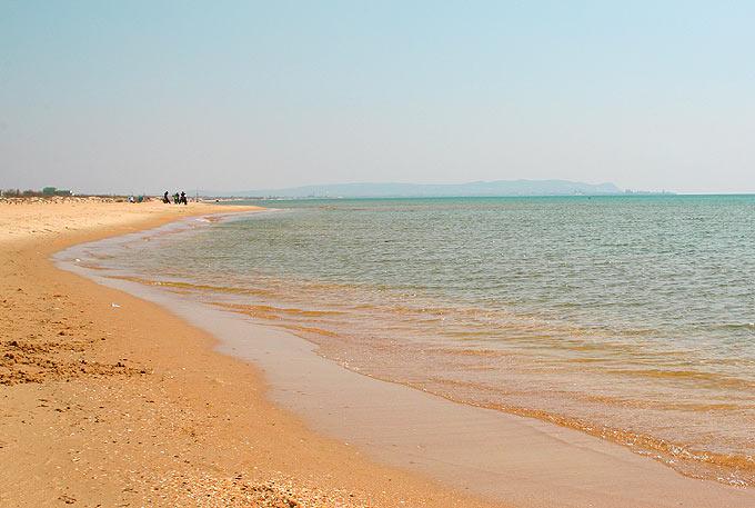 Пляж - это что такое? значение и происхождение слова