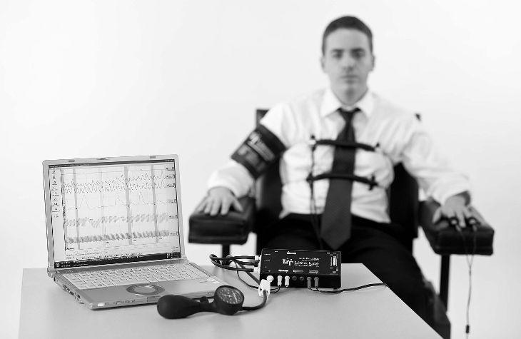 Работодатель просит пройти проверку на детекторе лжи — вопросы от читателей т—ж