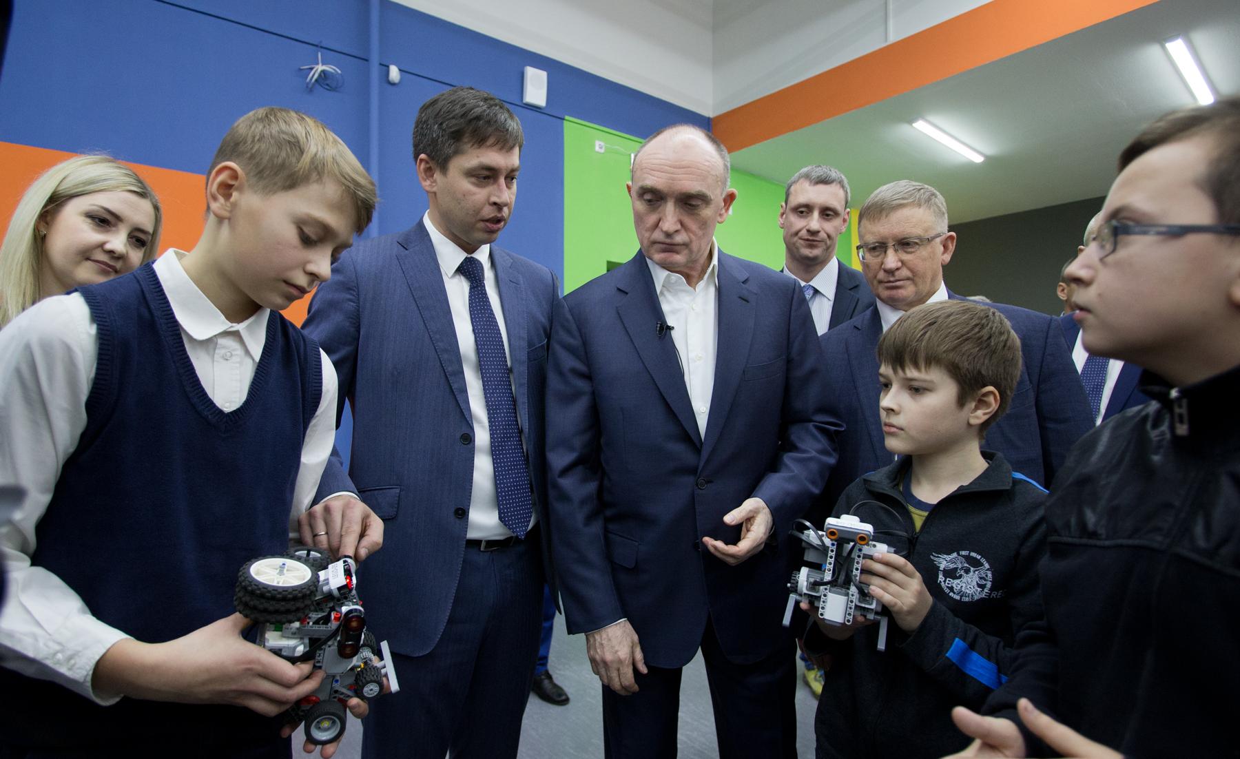 Детские технопарки «кванториум»: растим инженеров