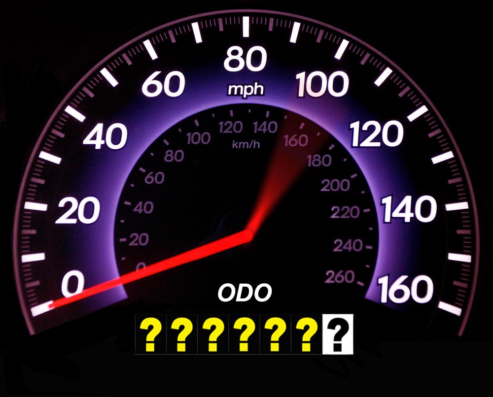 Чем одометр отличается от спидометра и что отображают приборы