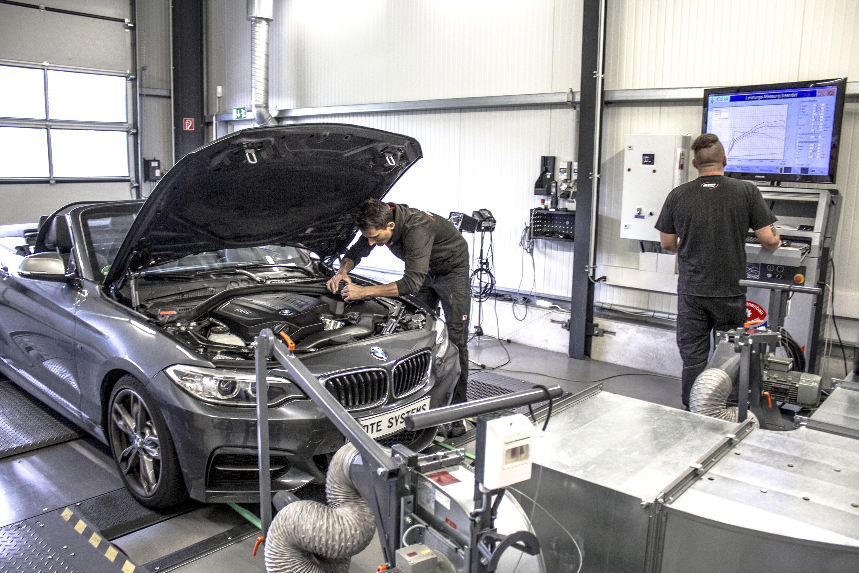 Что такое чип-тюнинг двигателя автомобиля: плюсы и минусы