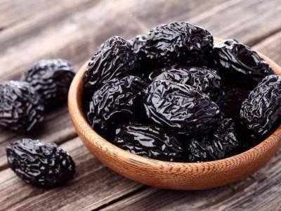 Польза чернослива для организма - состав и свойства