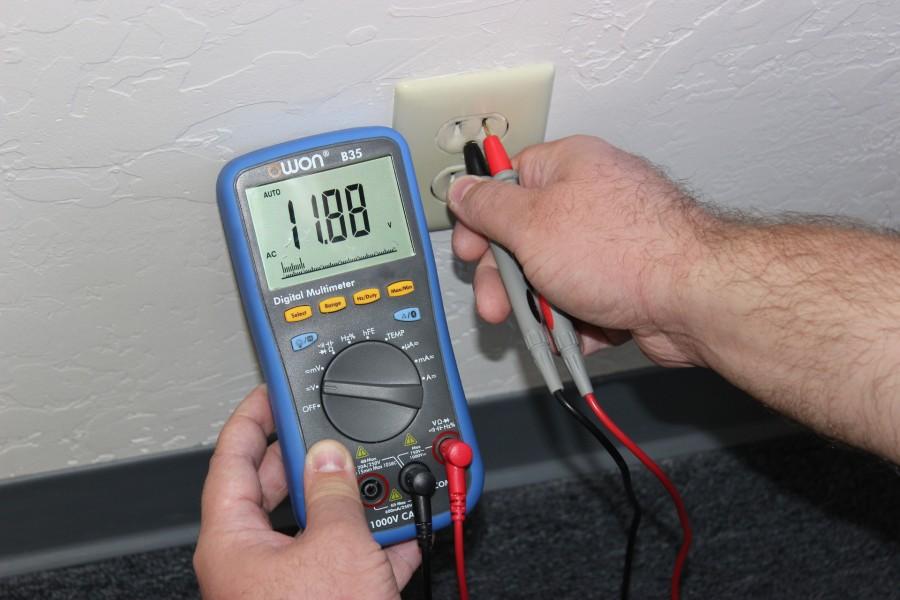 Как пользоваться тестером электрического напряжения правильно? инструкция