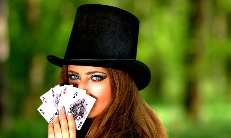 Покер фейс: что это значит, какая эмоция, лицо, выражение