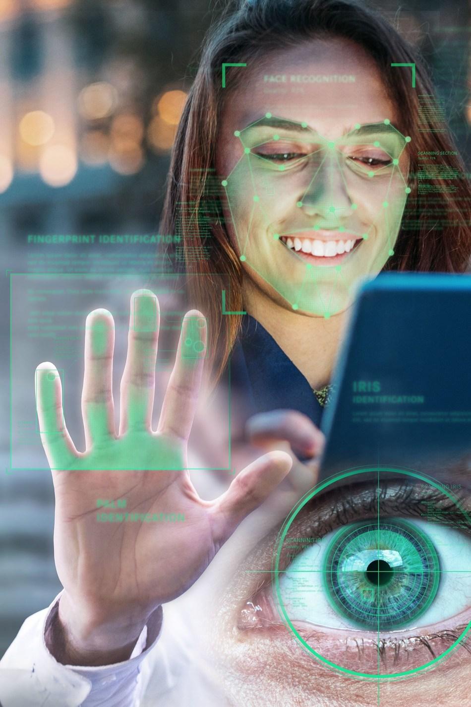 Биометрия и «госуслуги»: банки начали собирать лица и голоса клиентов