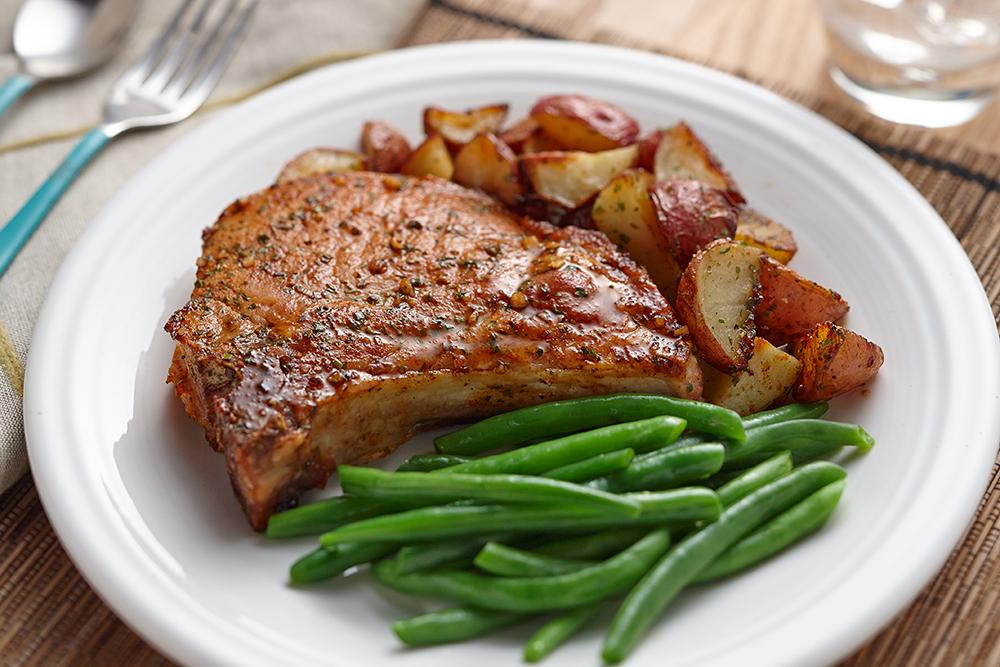 Антрекот - пошаговые рецепты приготовления из свинины, говядины или баранины с фото