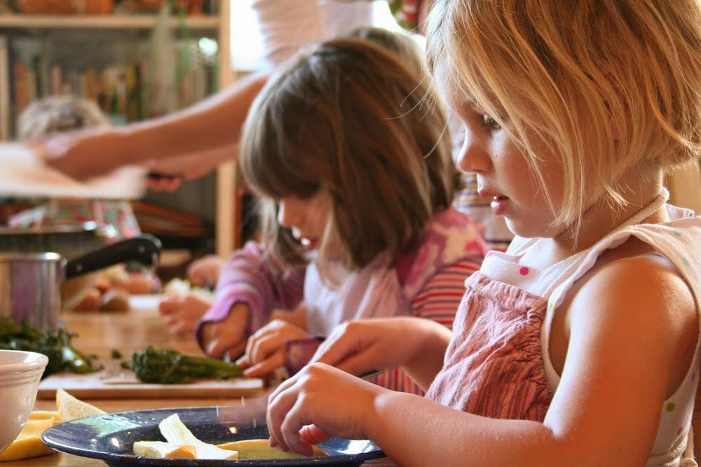 Вальдорфский детский сад: плюсы и минусы. стоит ли отдавать туда малыша?